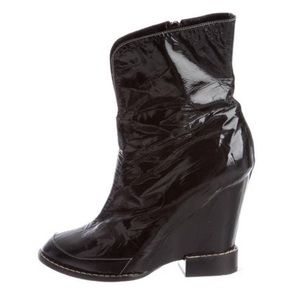 Runway😍 CHLOÉ 7 Crinkle PATENT Leather Wedge BOOT